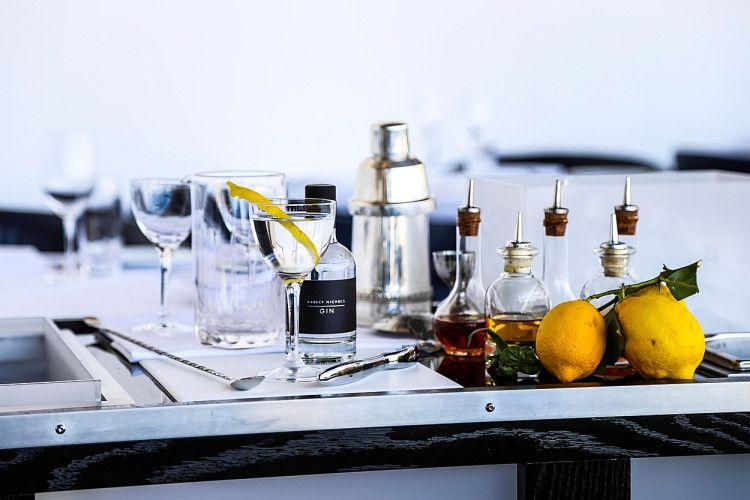 Мартини входит в состав многих популярныъх алкогольных коктейлей
