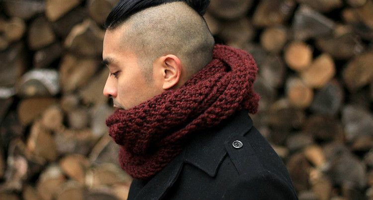Мужской шарф ручной вязки в подарок мужчине на Новый год 2017 - подарите близкому человеку частичку своего тепла и внимания!