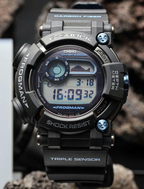 Наручные часы G-Shock FROGMAN от Casio подойдут ныряющим на глубину до 200 м дайверам