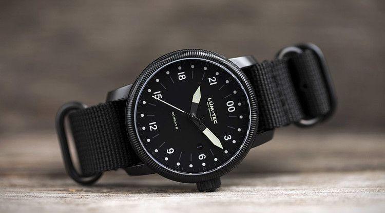 Наручные часы Lum-Tec Combat B27 Military отличаются лаконичным дизайном и могут быть использованы в сочетании с casual-одеждой