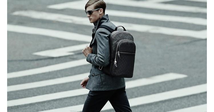 Кожаная модель мужского рюкзака в casual стиле