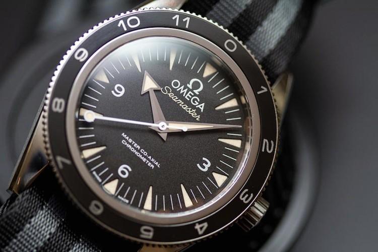 Специально созданные для фильма об агенте 007 Джеймсе Бонде часы Omega Seamaster 300 Spectre Limited Edition 007