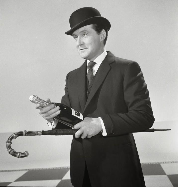 В Европе зонт-трость пользовался наибольшей популярностью именно у мужчин