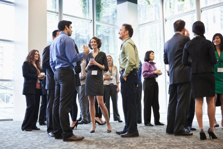 Общение на бизнес-мероприятиях - важная часть нетворкинга