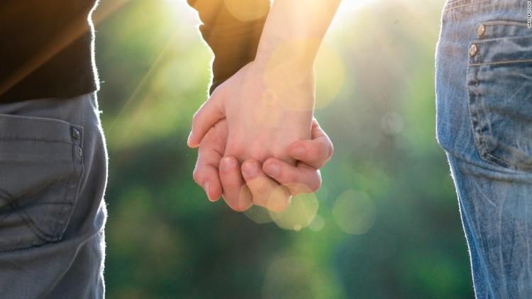 Самая романтичная фотосессия - парная съемка в формате love story. Подходит тем, кто готов рассказать всему миру о своей любви