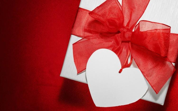 Подарочные сертификаты очень выручает тех, кто боится не угадать с подарком