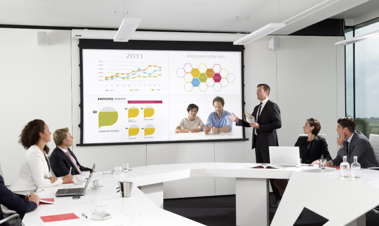 Ипользование красивых презентаций может показаться ненужной блажью, но они работают - удерживают внимание людей намного эффективнее обычной речи